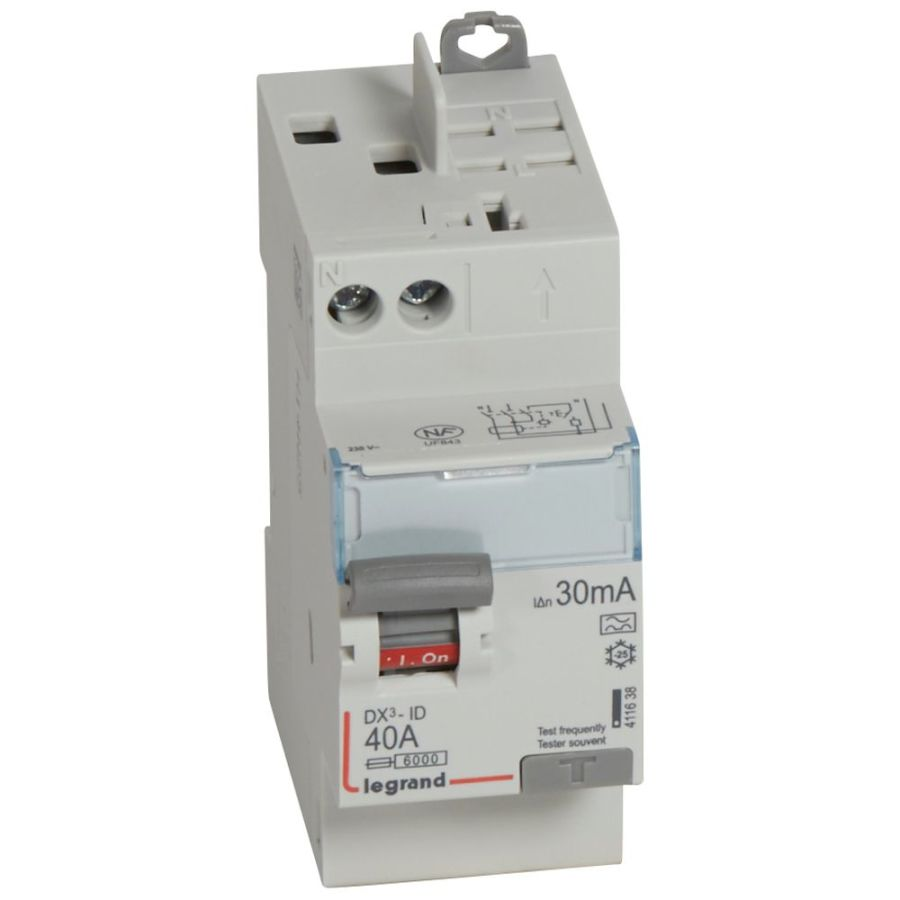 Interrupteur différentiel DX³-ID haut vis/haut auto 2P 230V~ 40A A 30mA 411638