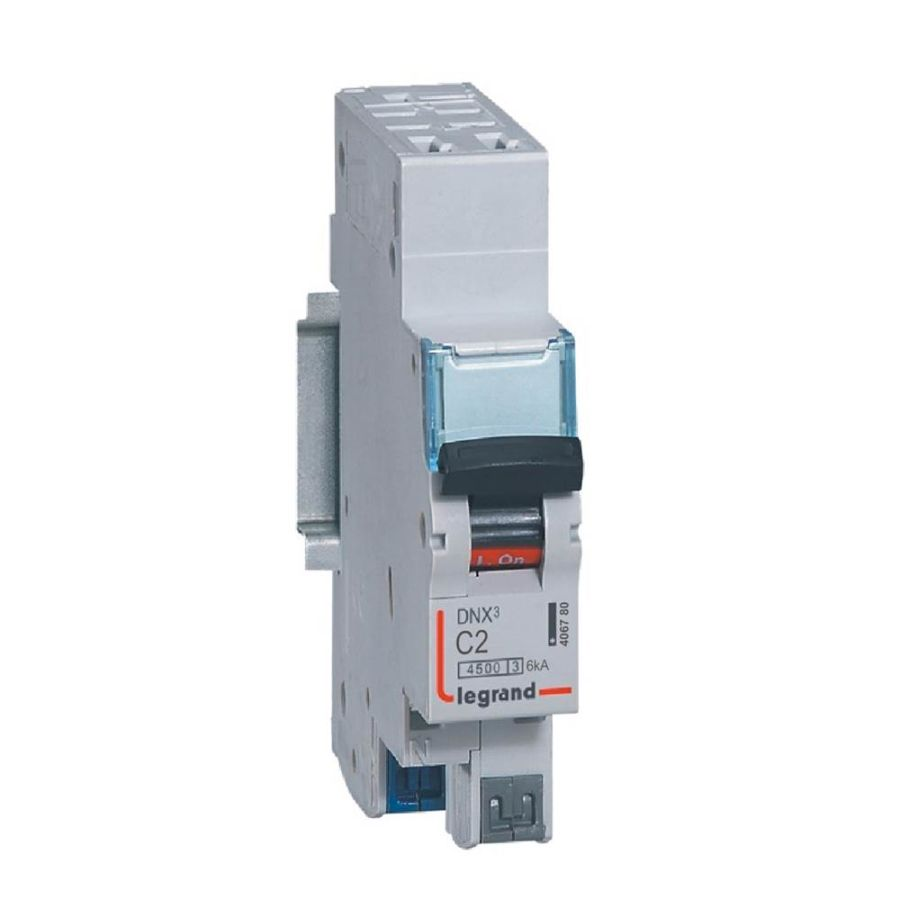 Disjoncteur DNX³ 4500 -auto/auto - U+N 230V~ 2A - 4,5kA - courbe C 406780