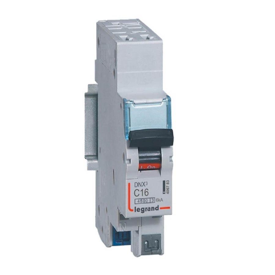 Disjoncteur DNX³ 4500 - auto/auto - U+N 230V~ 16A - 4,5kA - courbe C