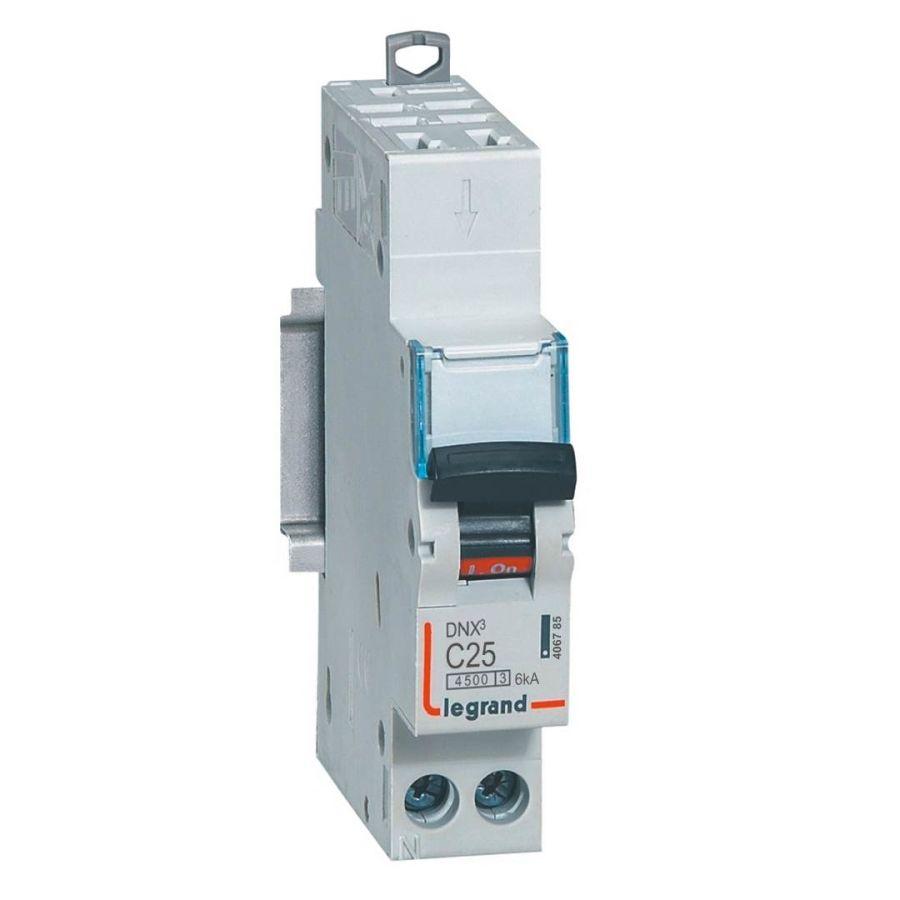 Disjoncteur DNX³ 4500 - auto/vis - U+N 230V~ 25A - 4,5kA - courbe C