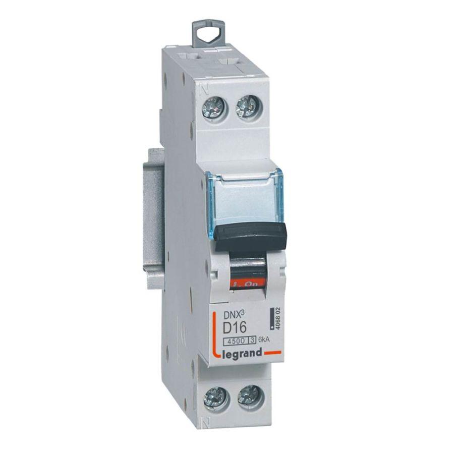 Disjoncteur DNX³ 4500 - vis/vis - U+N 230V~ 16A - 4,5kA - courbe D