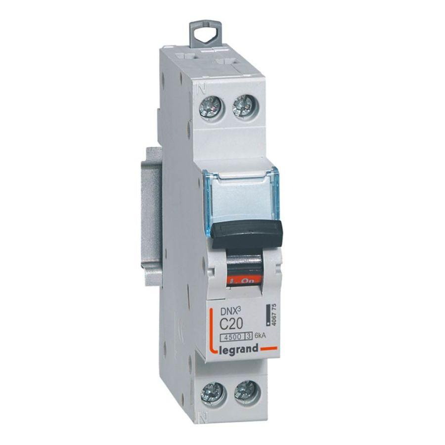Disjoncteur DNX³ 4500 - vis/vis - U+N 230V~ 20A - 4,5kA - courbe C