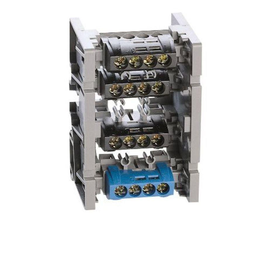Support répartiteur permet d\'associer 4 borniers IP2X de même dimension legrand 004810
