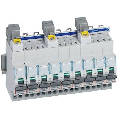 Borne de raccordement 6 à 25mm² IP2X pour disj. DX³ 3P+N à connexion automatique legrand 405206