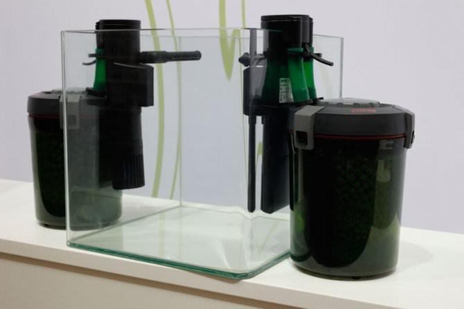 Filtre externe eheim aquacompact 60 pour aquarium akouashop for Petit aquarium avec pompe