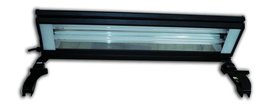 AQUAVIE Lumilux rampe d\'éclairage aluminium 2 et 4 x T5 à poser sur l\'aquarium l\'aquarium. 9 modèles au choix.