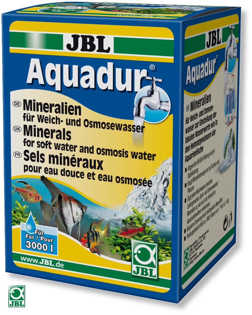 JBL AquaDur Plus apporte à l\'eau douce ou à l\'eau osmosée plus de 70 sels différents