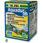 JBL AquaDur Plus apporte à l'eau douce ou à l'eau osmosée plus de 70 sels différents