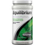 SEACHEM Equilibrium 300 gr. apporte la teneur en minéraux idéale pour les aquariums d'eau douce plantés