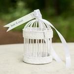 Mini cage à oiseau blanche décorative gros plan