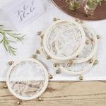 Mini tambourins dentelle sur table