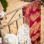 Chemin de table bordeaux Fougères pailletées cuivre balcon