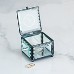 Boite à alliances petit cœur en verre personnalisable3