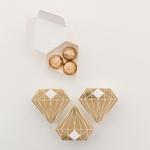 boite-dragée-forme-diamant-doré