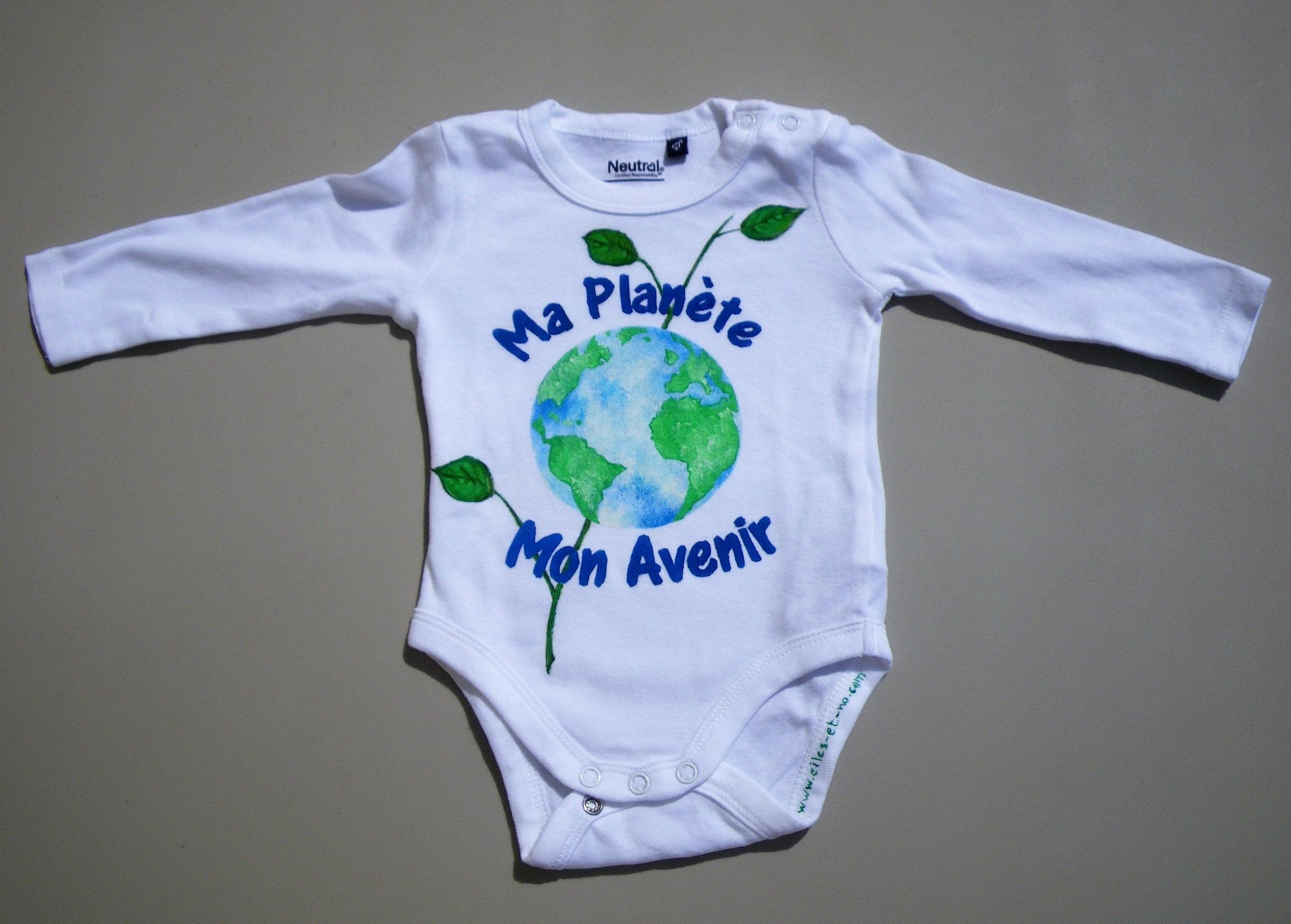 Body bébé en coton bio peint à la main