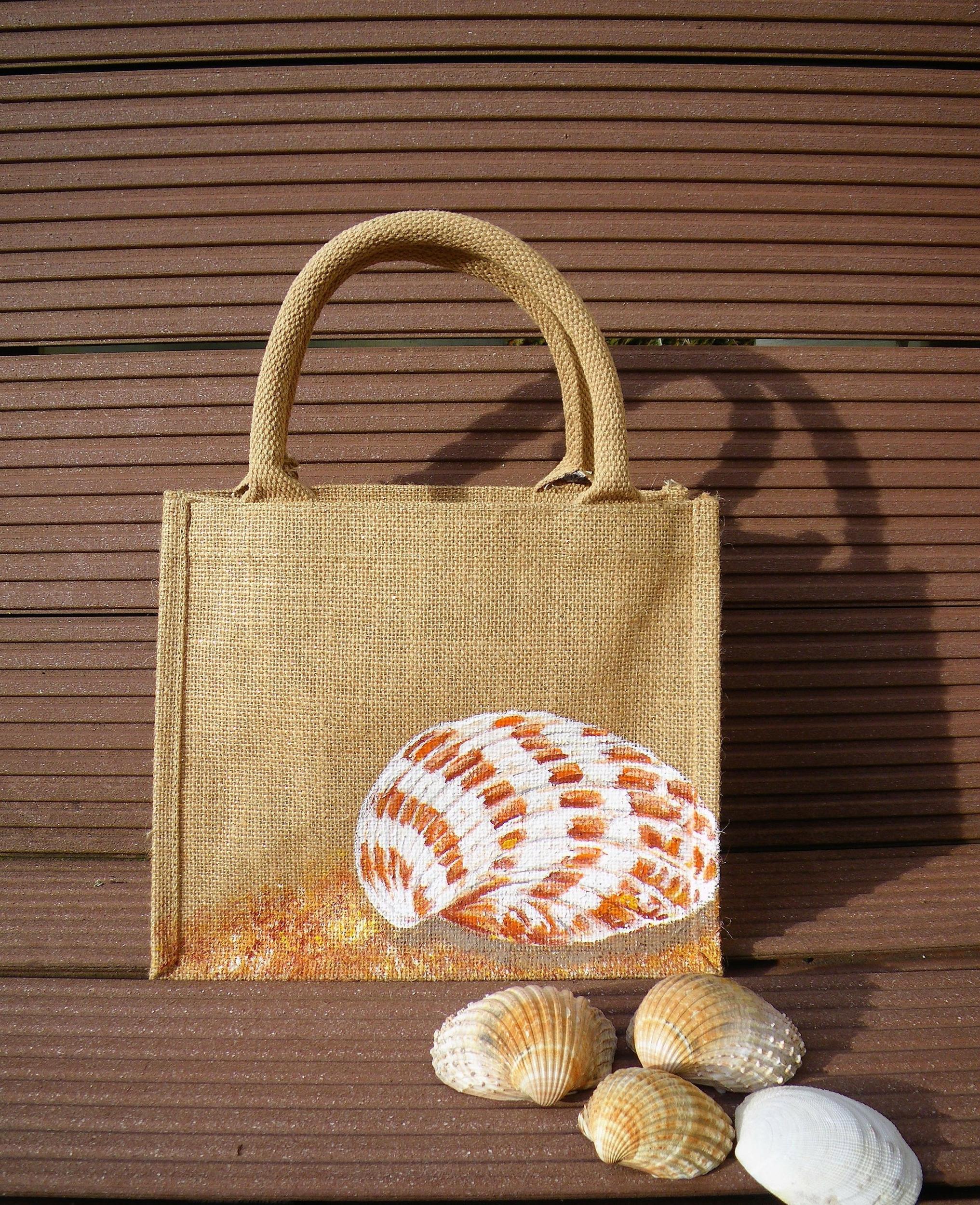 Petit sac en jute, coquillage peint à la main
