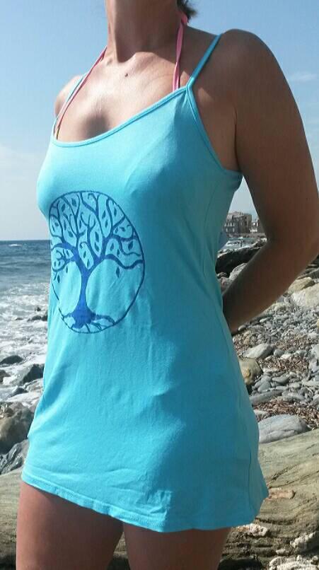 Robe de plage peinte à la main pour femme