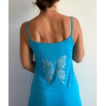 robe bleue avec ailes de papillons dans le dos (5)