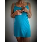 robe bleue avec ailes de papillons dans le dos
