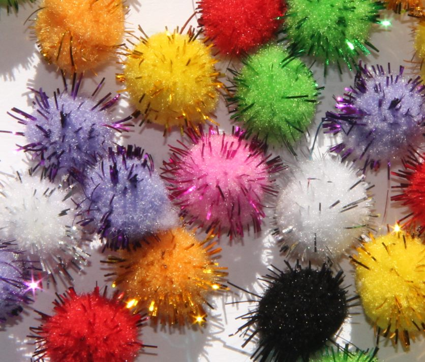 40 pompons scintillants 15 mm