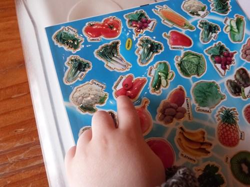 Activite-enfant-sticker-legumes