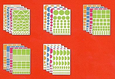 1056 gommettes géométriques multi tailles et formes, 4 couleurs différentes