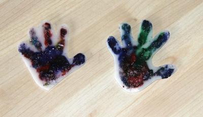 Porte cl s main d 39 enfants en plastique fou loisir cr atifs enfants magommette - Peinture main enfant ...