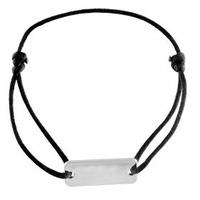 Bracelet identité rectangulaire 2.6cm de large, argent 925, cordon noir ajustable.