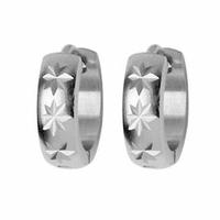 Boucles motifs étoilés, demi-créoles acier, vendues par paire ou à l'unité.