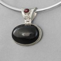 Pendentif black star ou obsidienne étoilée & argent 925, 3.3x4cm