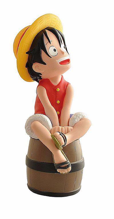 One piece tirelire - Monkey D Luffy sur son tonneau