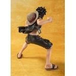 figurine-one-piece-figuarts-zero-Monkey-D-Luffy-Version-film-gold-2-zoom