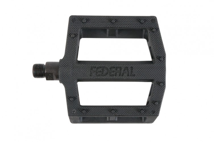 federal-contact-pedal-knurl-detail-753x500