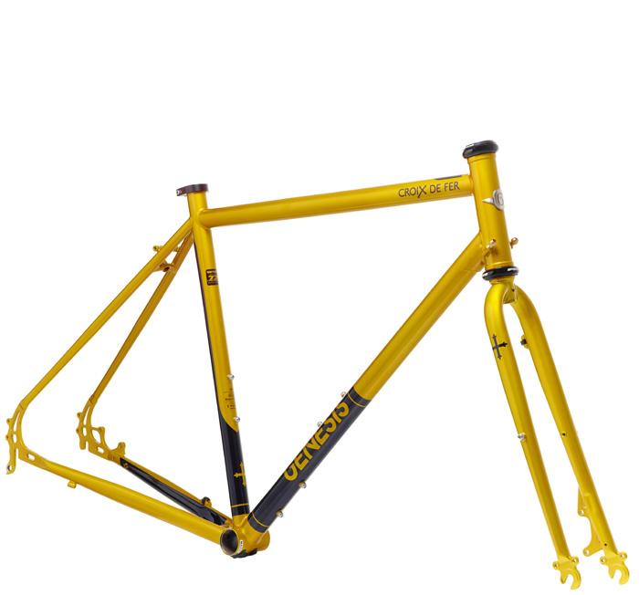 croix-de-fer-725-frameset-angled