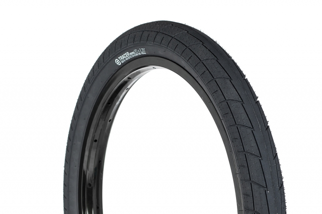 Salt_Tracer_tire_slider_01