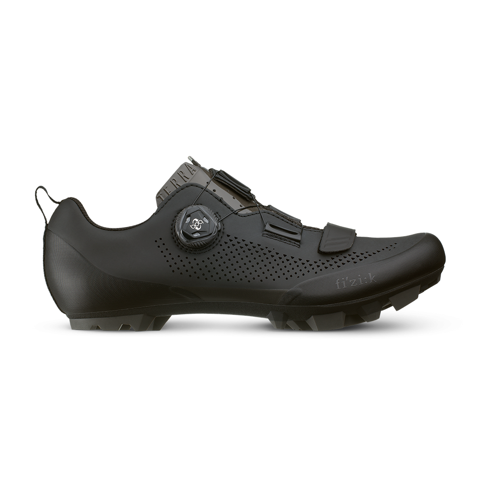 Shoes FIZIK Terra X5 black