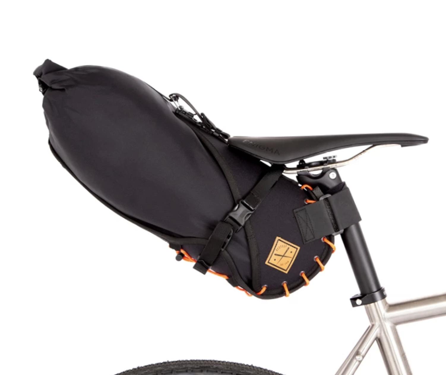 Sacoche RESTRAP Saddle bag Orange 8L + Dry bag