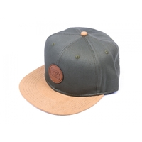Casquette STAY STRONG Icon wood strapback olive