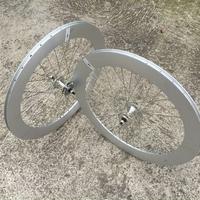 Paire de roues BERETTA 70mm polish