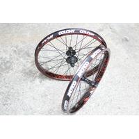 Paire de roues COLONY Firestorm limited