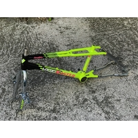 Kit cadre HARO vintage master black/yellow/chrome 2017