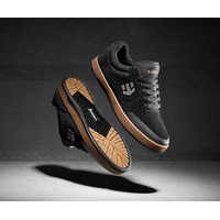 Shoes ETNIES Marana Michelin black/red/gum