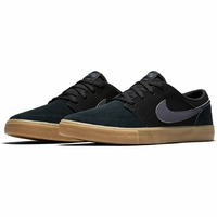 Shoes NIKE SB Portmore II black/gum