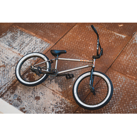 Bmx CULT custom DAK VS VANS