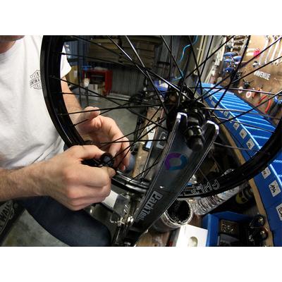 Montage de roue BMX freestyle (gratuit)