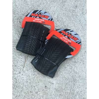Pack 2 x pneus MAXXIS Grifter tringle souple