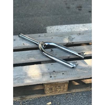 Fourche BMX AVENUE park light