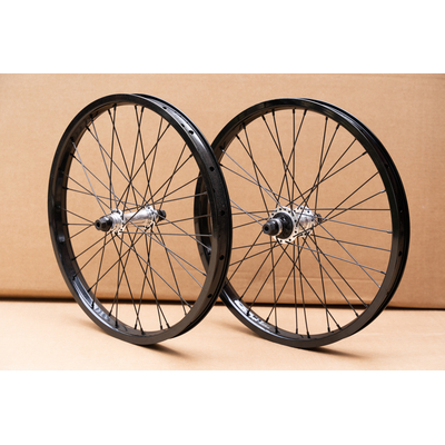PAIRE DE ROUES CUSTOM THE SET SALT SUMMIT K7 RHD POLISHED
