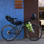outpost-top-tube-bag-lifestyle-5_2