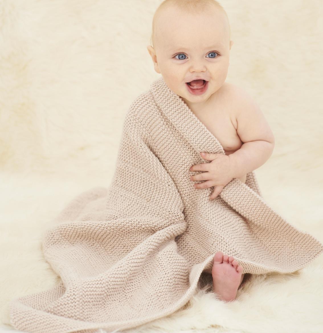 Kit couverture de bébé 61 x 76cm   Kit à tricoter   Cachemire etc